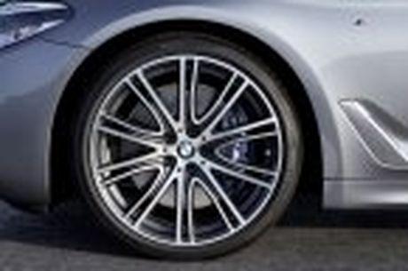 BMW 5-Series 2017 hoan toan moi; dep hon, thanh thoat hon, nhieu cong nghe hon - Anh 49