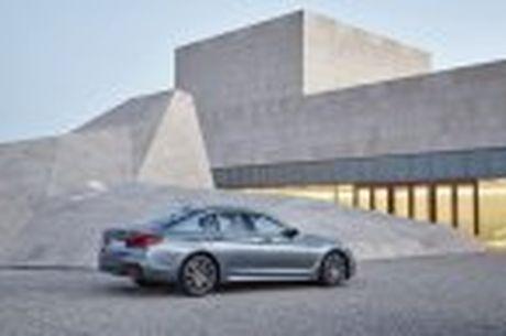 BMW 5-Series 2017 hoan toan moi; dep hon, thanh thoat hon, nhieu cong nghe hon - Anh 61
