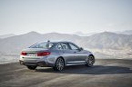 BMW 5-Series 2017 hoan toan moi; dep hon, thanh thoat hon, nhieu cong nghe hon - Anh 62