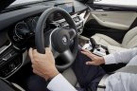 BMW 5-Series 2017 hoan toan moi; dep hon, thanh thoat hon, nhieu cong nghe hon - Anh 78