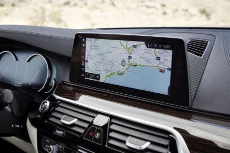 BMW 5-Series 2017 hoan toan moi; dep hon, thanh thoat hon, nhieu cong nghe hon - Anh 9