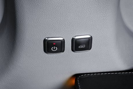 Brabus do Mercedes Sprinter thanh 'van phong di dong' cao cap, gia 224.910 Euro - Anh 13