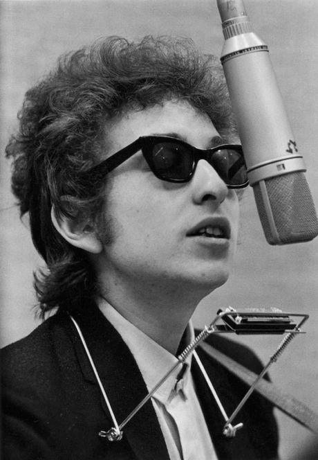 Nobel van chuong thuoc ve Bob Dylan - Anh 2
