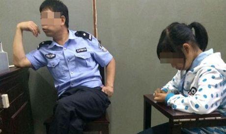 Be gai Viet mang thai o Trung Quoc khong con 12 tuoi? - Anh 1