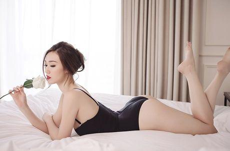 Khanh My nude trong bon tam khoe da trang non - Anh 11