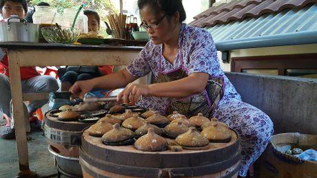 Len Da Lat thuong thuc banh can nong hoi - Anh 3