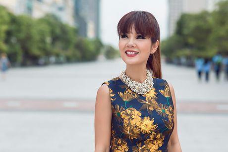 Hoa hau Ao dai Kieu Khanh tre trung nho gu thoi trang tinh te - Anh 13