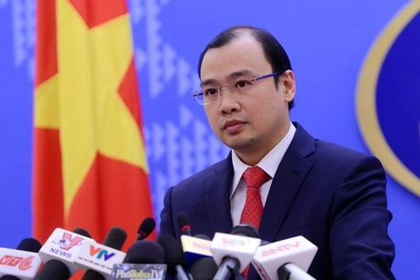 Viet Nam dang khan truong lam ro vu be gai 12 tuoi mang thai o Trung Quoc - Anh 1