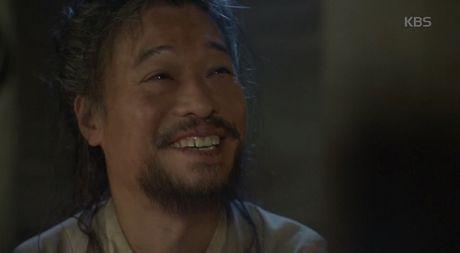 Phim May Hoa Anh Trang tap 16: Thai tu Lee Young bi ep phai giet Ra On - Anh 3
