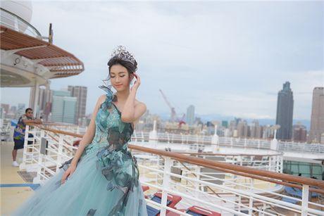 Hoa hau Do My Linh hoa than thanh nang cong chua xinh dep tai Dai Loan - Anh 6