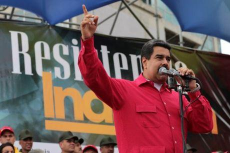 Tong thong Venezuela: Trump hay Clinton thi deu chang tot voi My Latin - Anh 1