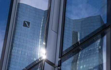 Deutsche Bank day manh cai cach de lay lai niem tin - Anh 1