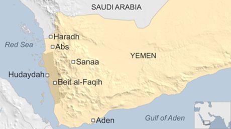 Tau My lai suyt trung ten lua ngoai khoi Yemen - Anh 2