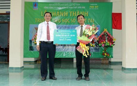 DPM khanh thanh va ban giao Truong tieu hoc so 1 Cat Tai, tinh Binh Dinh - Anh 1