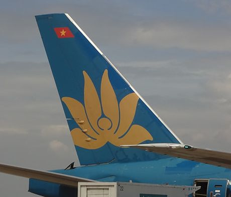 Vietnam Airlines lai truoc thue 2.600 ti dong - Anh 1