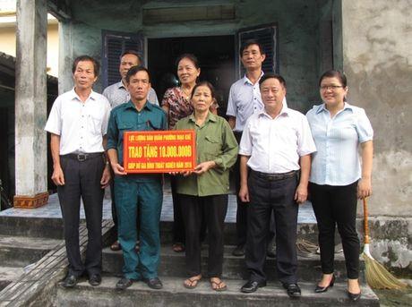 MTTQ tinh Quang Ninh trien khai thang cao diem 'Vi nguoi ngheo' - Anh 1