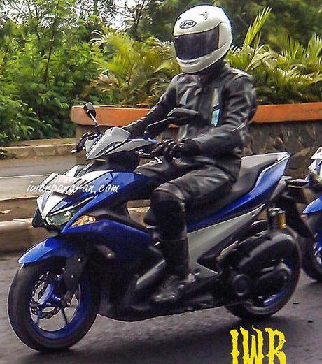 Xe thay the Yamaha Nouvo lo anh chay thu - Anh 2