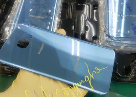 Galaxy S7 edge sap them mau xanh san ho cua Note 7 - Anh 1