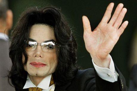 Michael Jackson van co thu nhap cao du da qua doi - Anh 1