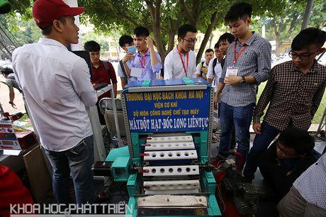 160 san pham tham gia Trien lam thanh tuu khoa hoc DH Bach khoa Ha Noi - Anh 5