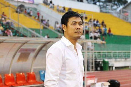 HLV Huu Thang chuan bi san tinh than phai ra di - Anh 1