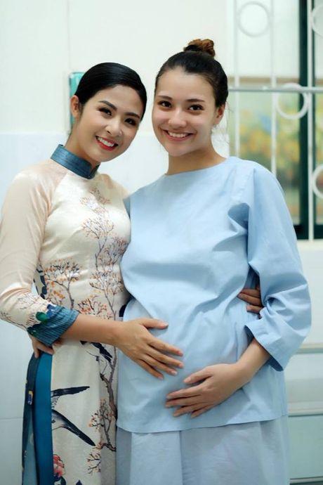 Chan dai Hong Que sinh con gai dau long - Anh 3