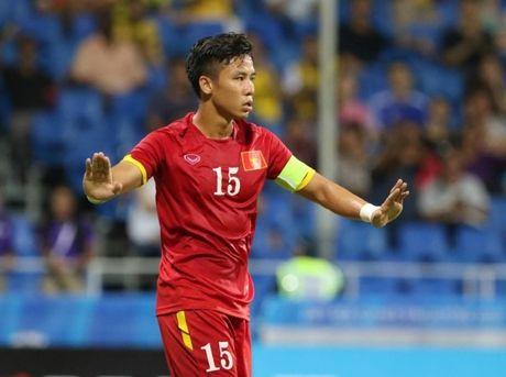 Que Ngoc Hai chay dua thoi gian de kip du AFF Cup 2016 - Anh 1