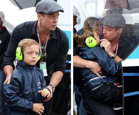 Cha con Brad Pitt bat khoc khi doan tu, cac con hoi bao gio duoc ve mai am cung cha - Anh 2