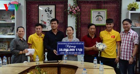 DT Viet Nam den tham lang tre SOS truoc ngay sang Han Quoc - Anh 8