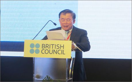Bo Giao duc se chu trong hon den khao thi tieng Anh - Anh 1