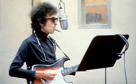 Giai Nobel Van hoc 2016 vinh danh ca si, nhac si Bob Dylan - Anh 1