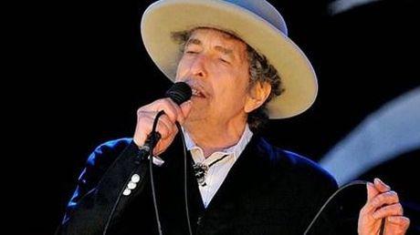 Bob Dylan gianh giai Nobel Van hoc: Nha van Viet 'sung so' - Anh 2