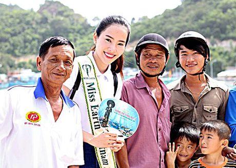 Nam Em dep tinh khoi trong clip mang toi Miss Earth - Anh 1