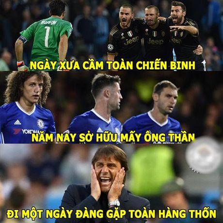 Anh che: Conte 'khoc thet' truoc suc manh cua FC phan thay; Barca tham gia nhieu cuoc 'hap diem' da man nhat lich su - Anh 3