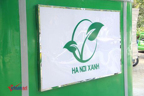 Can canh nha ve sinh cong cong sieu xin o Ha Noi - Anh 3
