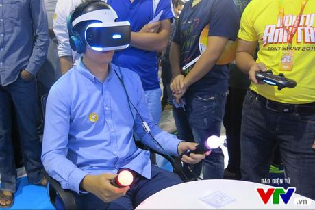 Trai nghiem kinh thuc te ao PlayStation VR tai Sony Show 2016 - Anh 4