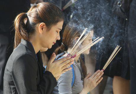 "Linh cuu Quoc vuong Thai Lan ve den ""nha"" - Anh 12"