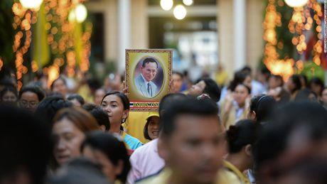Cuoc doi 'vi thanh song' Bhumibol Adulyadej cua Thai Lan - Anh 12