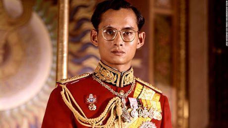 Cuoc doi 'vi thanh song' Bhumibol Adulyadej cua Thai Lan - Anh 1