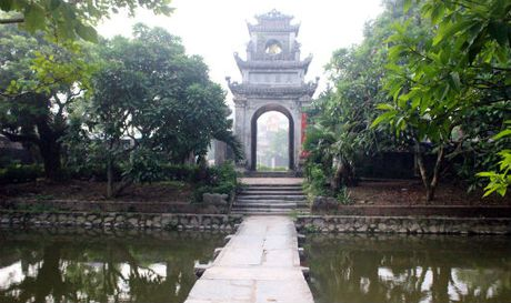 Bi an Chua Vang pho Hien - Anh 1