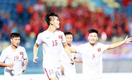 Giai U19 chau A: Dau Trieu Tien, U19 Viet Nam nam 3 loi the lon - Anh 1