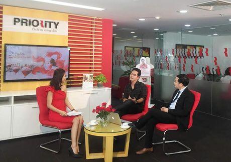Sieu mau Ha Anh 'Livestream' tiet lo bi quyet hon nhan hanh phuc - Anh 2