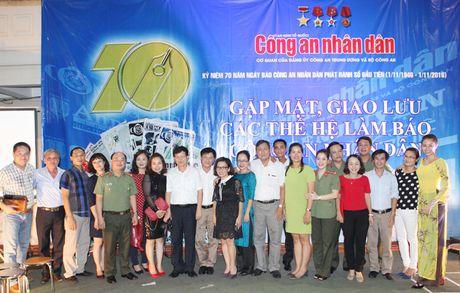 Tri an, tiep lua cho nhung nguoi lam nen thuong hieu Bao CAND - Anh 12