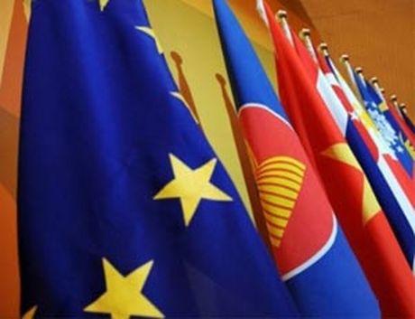 ASEAN – EU nhan manh viec thuong ton phap luat o Bien Dong - Anh 1