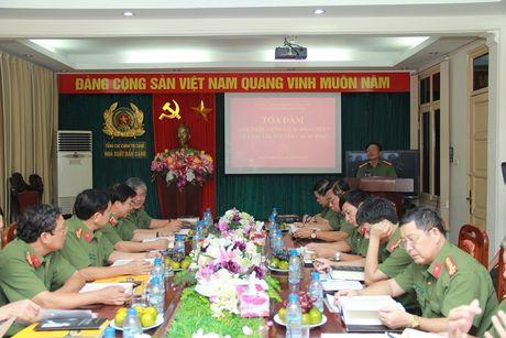 Toa dam, gioi thieu cuon sach cua Thuong tuong Nguyen Van Huong - Anh 3