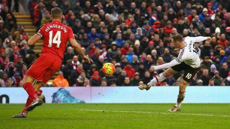 Dau Liverpool: Rooney ghi 6 ban, MU chua tung thua - Anh 1