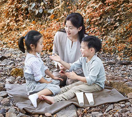 Tin giai tri ngay 14/10: Linh Miu lo ca bau nguc; Hari, Tran Thanh sap ket hon? - Anh 4
