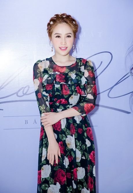Bao Thy dau tu nua ti sang Malaysia lam MV I Love You - Anh 3