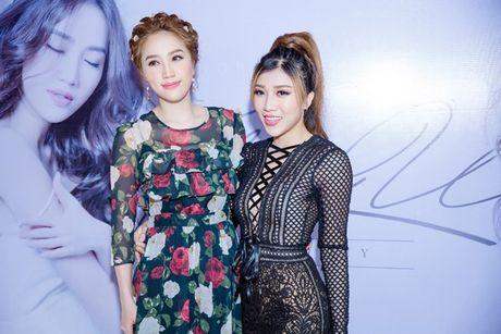 Bao Thy dau tu nua ti sang Malaysia lam MV I Love You - Anh 4
