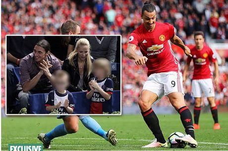 Hoc Rooney, Ibra gui hai con vao Hoc vien M.U - Anh 1